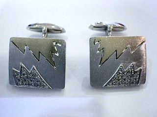 .30 Carat Two Tone Cuff Links