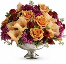 Elegant Traditions Centerpiece Flowers