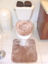 Decorative Plush Bathroom Rugs