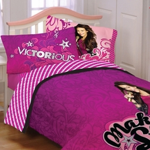 "VICTORIOUS  Girls Bedding- ""Born for This""  Twin Comforter"