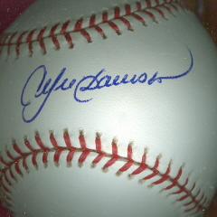 ANDRE DAWSON Autographed Baseball