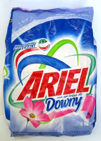 Ariel Powdered Detergent With Downy 900 G