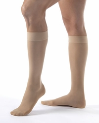 Opaque Knee High - (15-20 mmHg)
