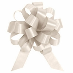 Medium Ivory Satin Pull Bow
