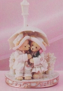 Love Teddies Rainy Day  Figurine