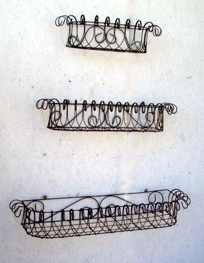 """36"""" Wall Mount Windowbox Planter - Country Wire"""