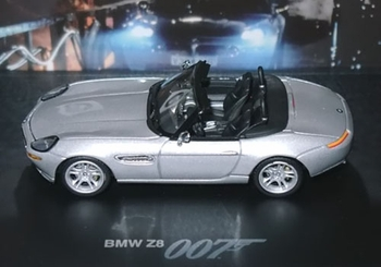 BMW Z8 Model, James Bond: The World Is Not Enough - BMW 1:43 - click to enlarge