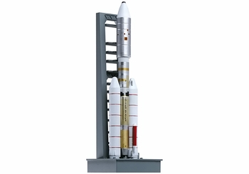 Titan IIIE Rocket Model w/ Launch Pad, NASA - Dragon Wings 56343 - click to enlarge