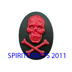 SKULL CAMEO, RED AND BLACK (25mm x 18mm)