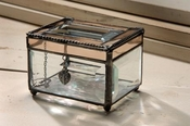 J Devlin Art Glass Box Bevels & Champ w/heart charm