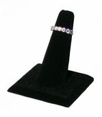 Black Velvet Single Ring Display