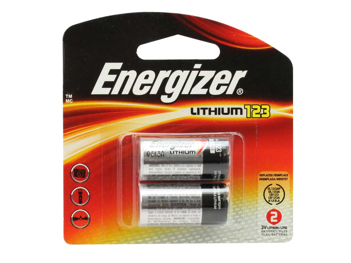 Energizer CR123A batteries in 2 piece retail card