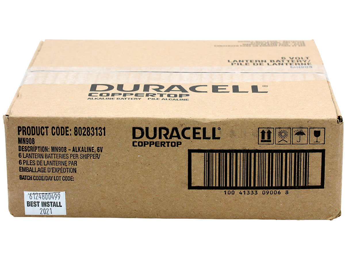 Duracell Coppertop Alkaline Lantern Battery in case