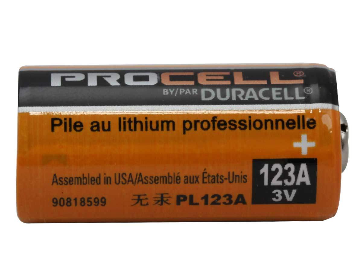 Duracell Procell CR123A side profile