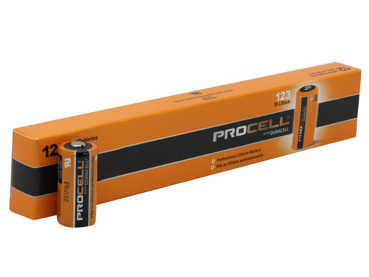 Size comparison between Duracell Procell CR123A battery and 12-pack box