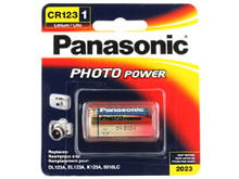 Panasonic CR123A 1550mAh 3V Lithium (LiMnO2) Button Top Photo Battery - 1 Piece Retail Card
