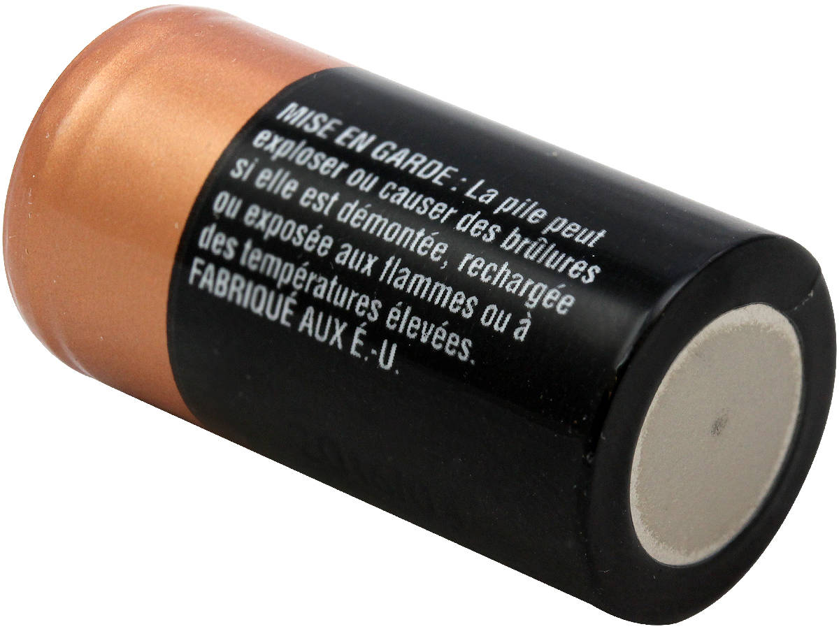 Bottom Shot of the Duracell DL 2/3A