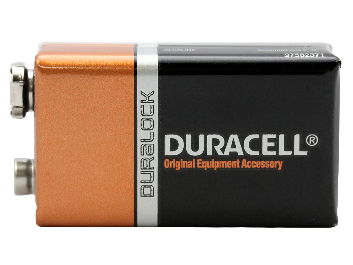 Duracell Coppertop 9V battery side profile