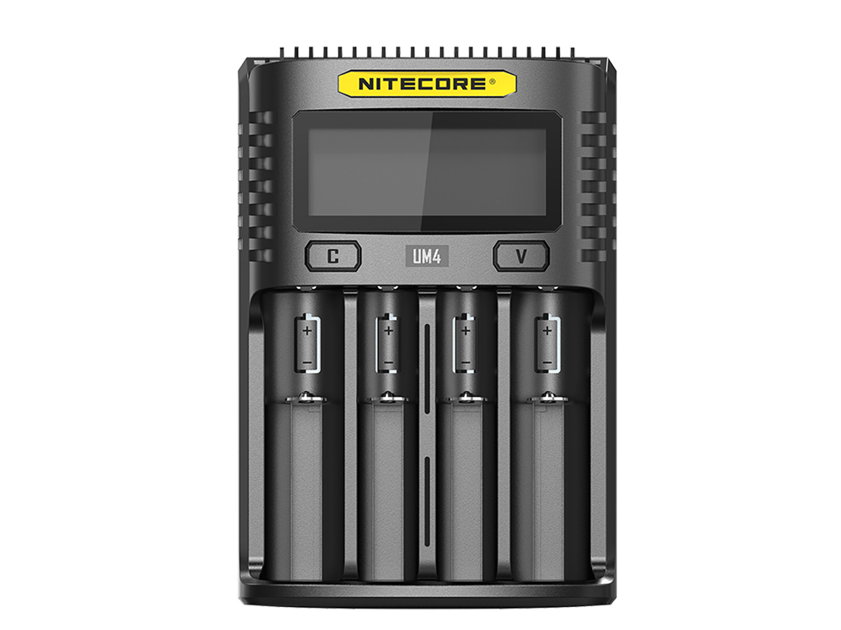 Front view of Nitecore UM4 battery charger