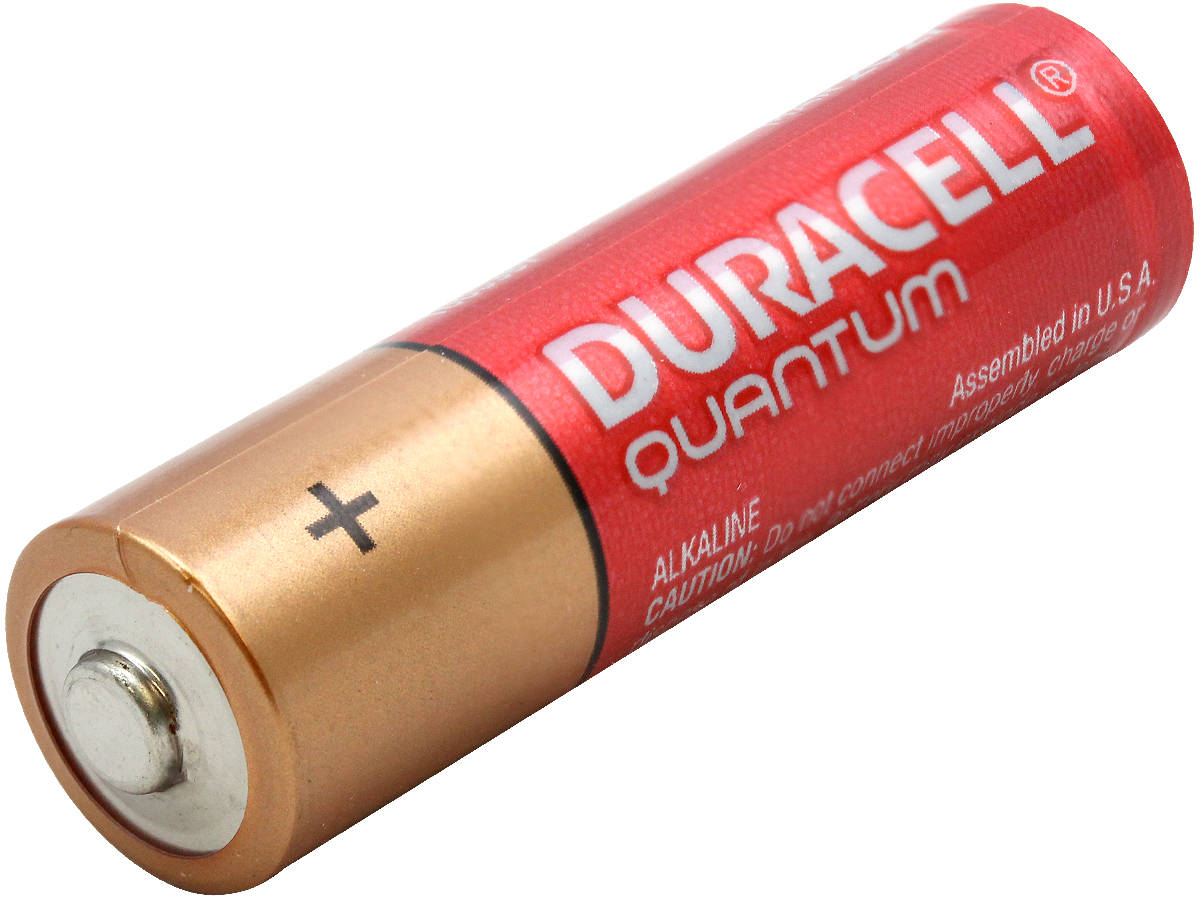Angle Shot of the Duracell Quantum QU1500 AA Battery