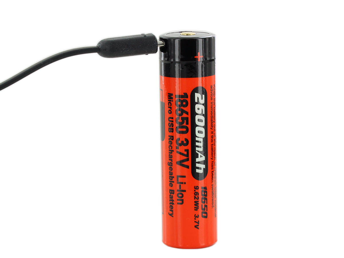 Battery included with Folomov EDC-C4 charging