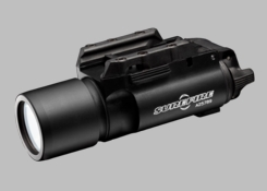 SureFire X300U-A LED Weapon Light with Rail-Lock Mounting System for Universal, Picatinny Rails - Fits Handguns, Long Guns - 1000 Lumens - Includes 2 x CR123As