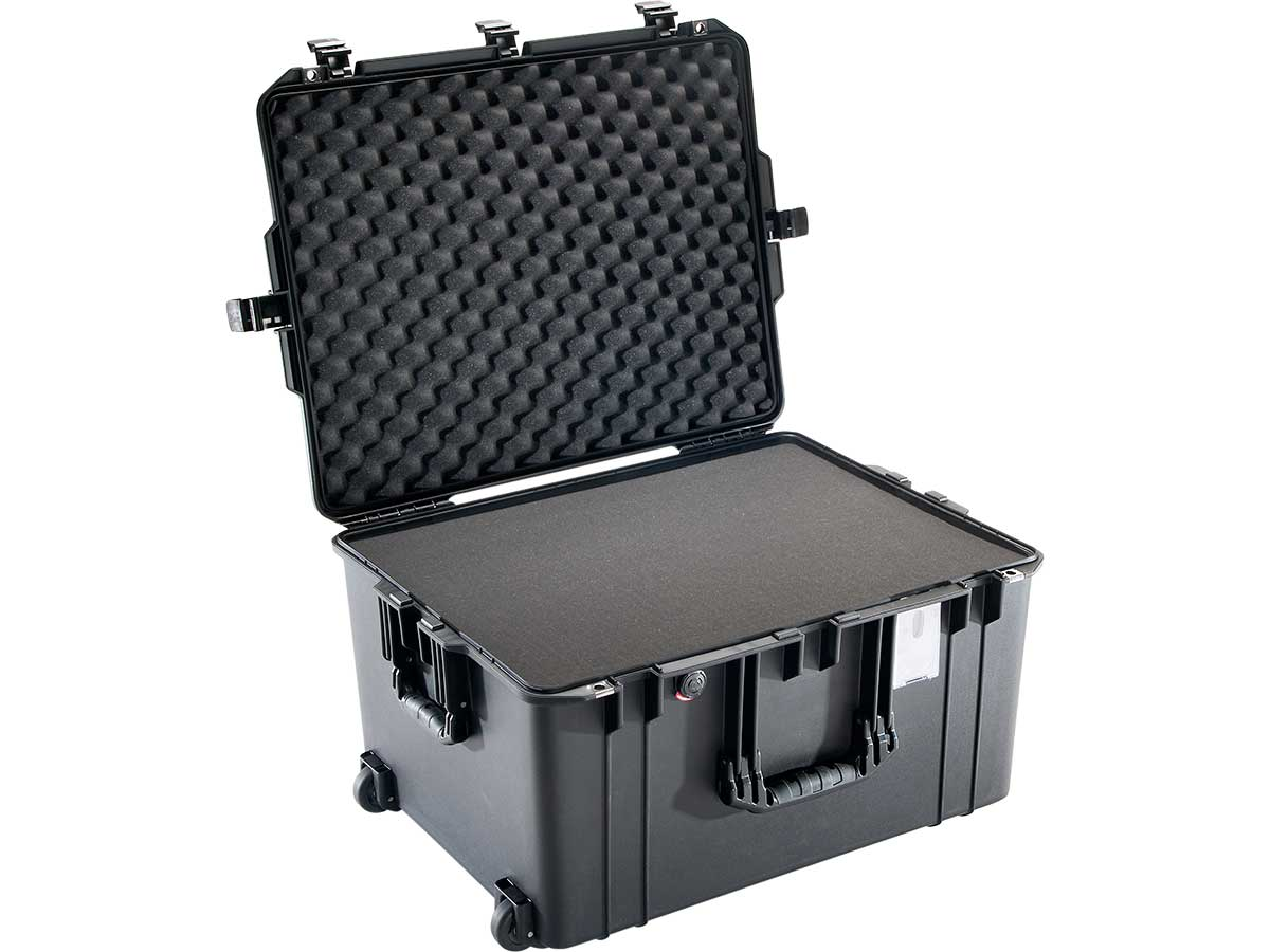 Pelican 1637 Shown with Optional Foam