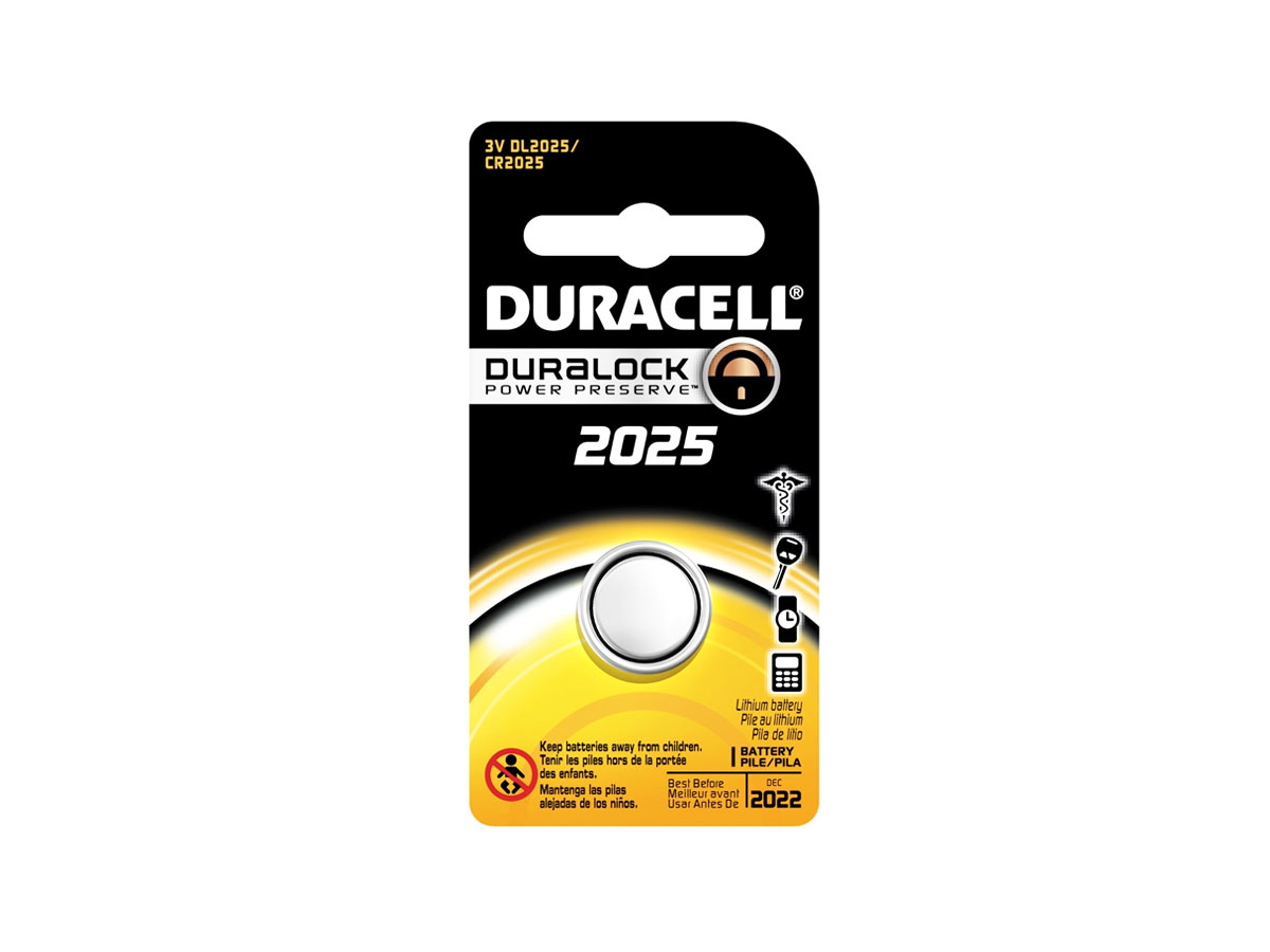 Duracell CR2025 coin cell in retail card