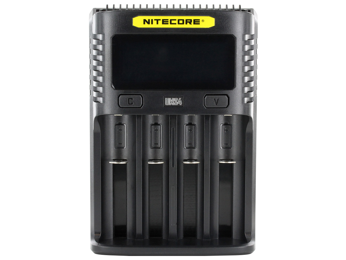 Nitecore UMS4 Charger Front view