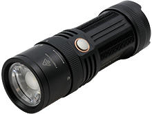 Fenix FD45 Focusable LED Flashlight - CREE XP-L HI - 900 Lumens - Neutral White - Uses 4 x AA