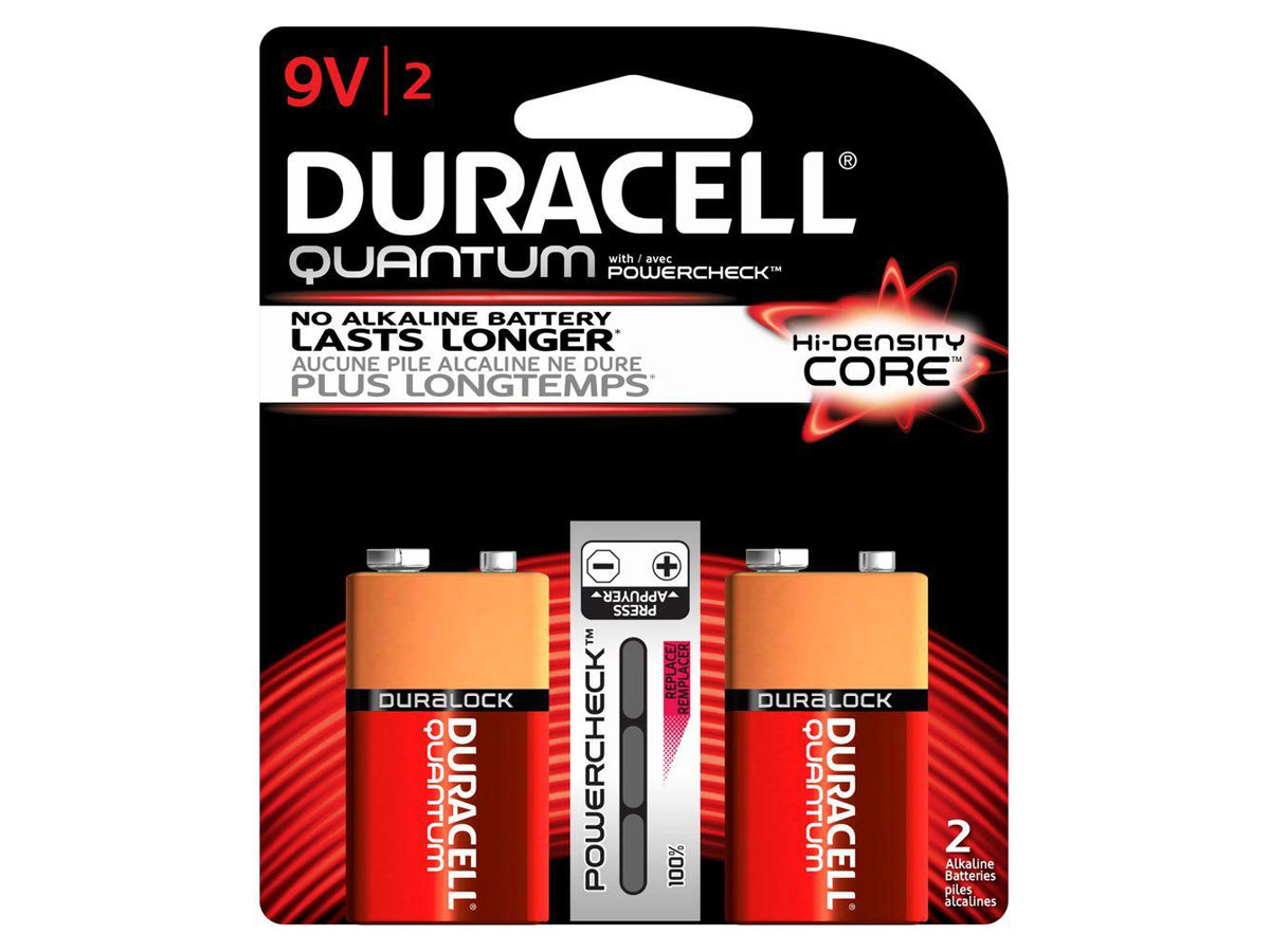 2 Duracell Quantum 9V batteries in retail card