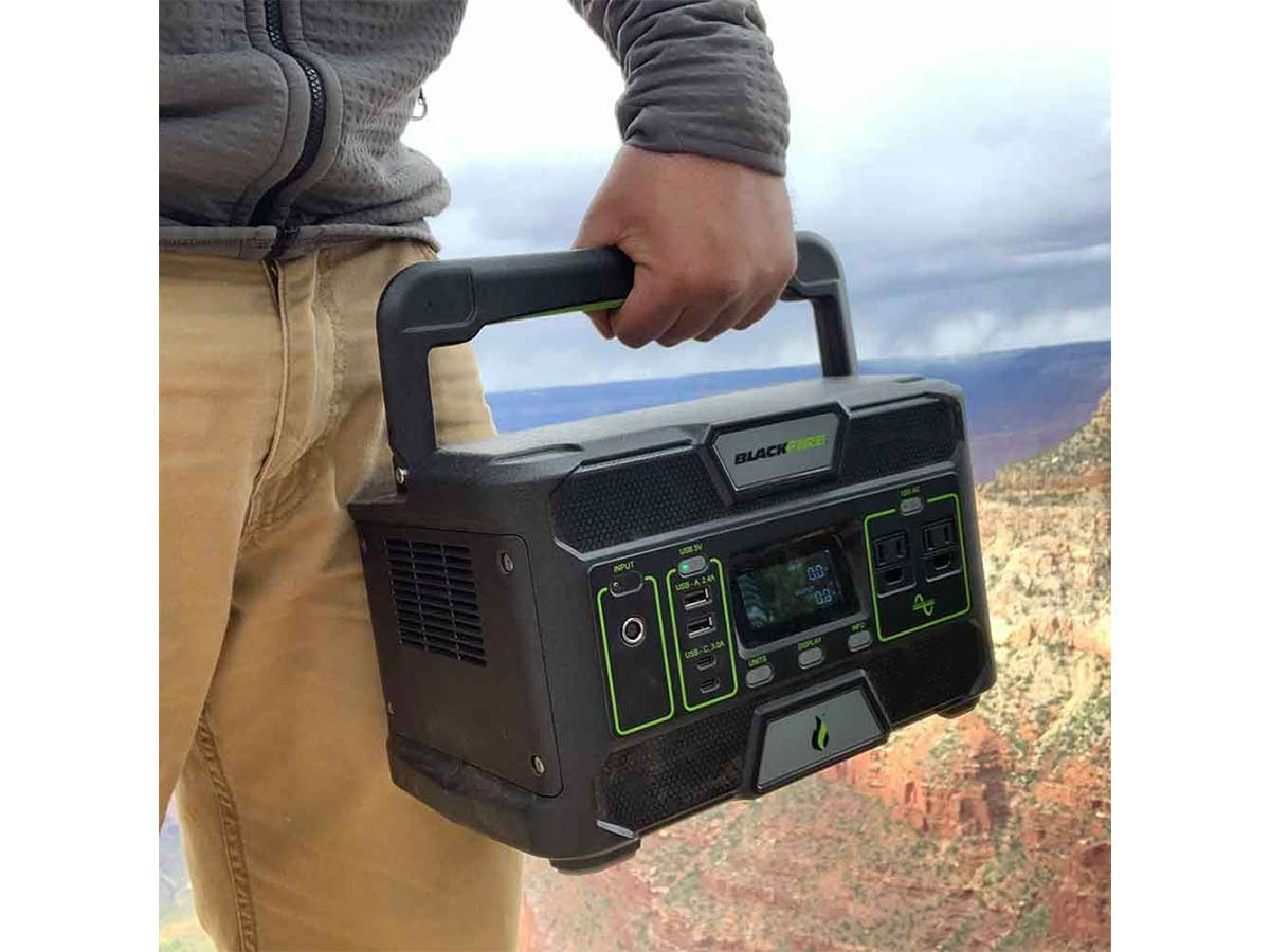 Blackfire PAC500 Power Station being carried by the fold up handle