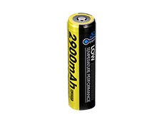 Nitecore NL1829-LTP 18650 2900mAh 3.6V Low Temperature Protected 4A Lithium Ion (Li-ion) Button Top Battery - Blister Pack