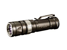 JETBeam RRT-0 SE Raptor Rapid Response Tactical Flashlight - CREE XM-L2 T6 LED - 730 Lumens - Uses 1 x CR123A/RCR123A or 1 x AA