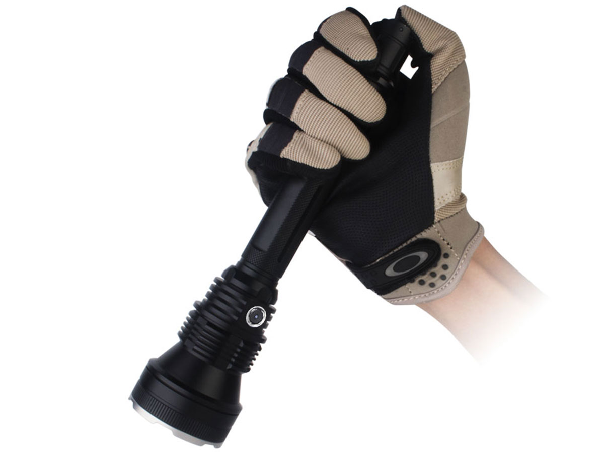 Tactical tailswitch works with a gloved hand