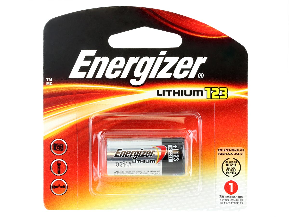 Energizer CR123A batter in 1 piece retail card