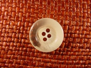 4 hole Italian Buttons 7/8 inch Clear Off White #Bpiece-340
