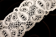 "2 1/2"" White Vintage Stiff Lace Trim #1085"