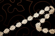"7/8"" Ivory Flower Chain Venice Lace Trim #1255"
