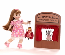 "8"" WENDY WITH TONY SARG MARIONETTES*"