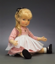 "22"" EDITH, THE LONELY DOLL*"