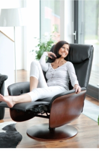 Kongen Large Swivel Recliner with Comfort System