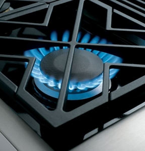 "ZDP366NPSS Monogram 36"" Dual-Fuel Pro Style Range with 6 Burners - Natural Gas - Stainless Steel"