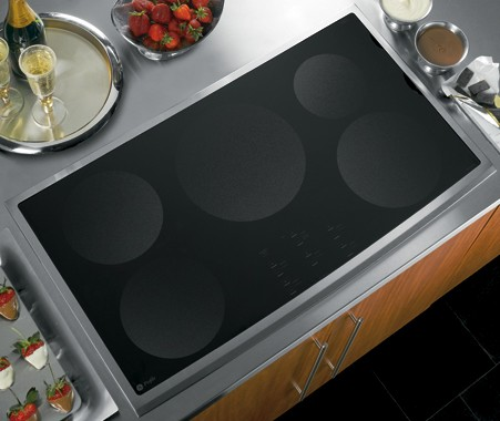 "PHP960SMSS GE Profile 36"" Electric Induction Cooktop - Black with Stainless Steel Trim"
