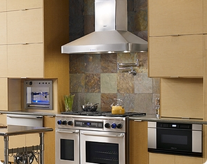 """DHW421 Dacor Professional 42"""" Chimney Wall Mount  Hood with 600 CFM Blower - Stainless Steel"""