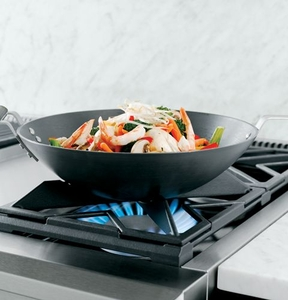 "ZGU366NPSS Monogram 36"" Pro Style Gas Cooktop with 6 Burners - Natural Gas - Stainless Steel"
