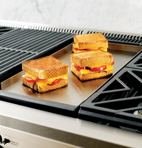 """ZGU364NDPSS Monogram 36"""" Pro Style Gas Cooktop with 4 Burners and Griddle - Natural Gas - Stainless Steel"""
