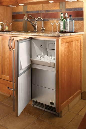 """H50IMSADR Perlick 15"""" ADA Compliant Clear Ice Maker with Stainless Steel Solid Door - Right Hinge"""