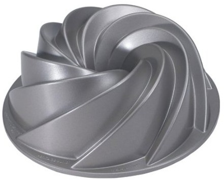 80637 Nordic Ware Platinum Collection Heritage Bundt Pan