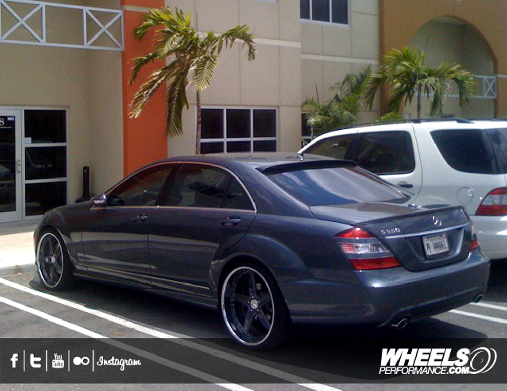 "OUR CLIENT'S MERCEDES S550 WITH 22"" GFG NICE5 WHEELS"